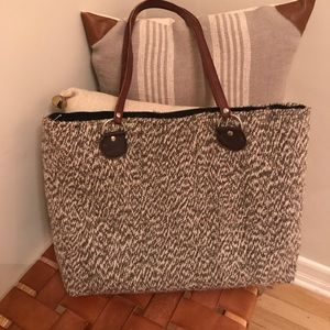 Handbags - Hand crafted woven will tote